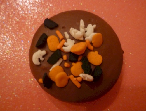 Fall/ Autumn Milk Chocolate Covered Oreos Halloween Sprinkle One Dozen